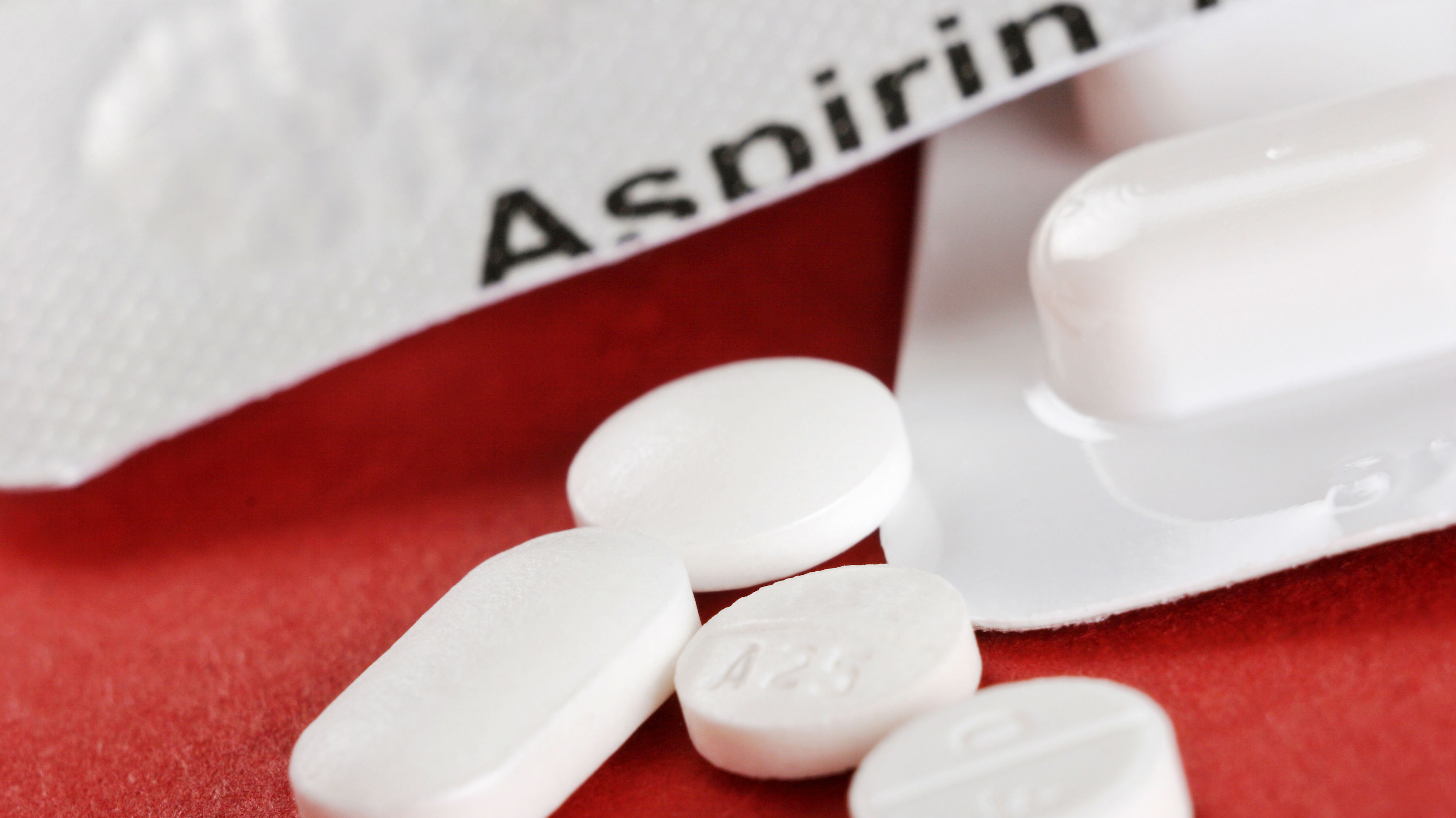 Daily Aspirin May Help Fight Prostate Cancer, But Not Breast Cancer